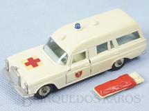 1. Brinquedos antigos - Matchbox - Ambulância Mercedes Benz Binz Ambulance King Size Ano 1967