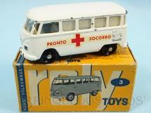 1. Brinquedos antigos - Roly Toys - Ambulância Volkswagen Kombi com 7,00 cm de comprimento Pronto Socorro Década de 1960