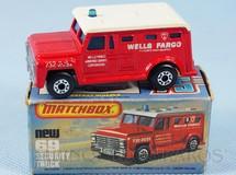 Brinquedos Antigos - Matchbox - Armored Truck Superfast vermelho Wells Fargo