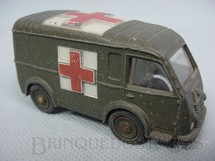 1. Brinquedos antigos - Dinky Toys - Army Ambulance Ambulance Militaire