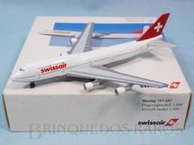 1. Brinquedos antigos - Herpa - Avião Boeing 747-357 Swissair com 12,00 cm de envergadura Ano 1998