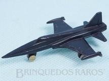 1. Brinquedos antigos - Sem identificação - Avião de caça Northrop Phanton F-5 com 8,00 cm de comprimento Brinde Mandiopã Década de 1970