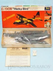 """1. Brinquedos antigos - Revell - Avião Lockheed Hercules C-130 """"Herky Bird"""" Caixa Dura Fabricação final da Década de 1960"""