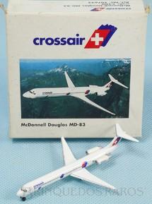 1. Brinquedos antigos - Herpa - Avião McDonnell Douglas MD-83 Crossair Série Herpa Wings com 6,50 cm de envergadura Década de 2000