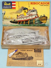 1. Brinquedos antigos - Revell - Barco Rebocador Long Beach Caixa Dura Ano 1964
