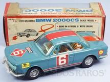 1. Brinquedos antigos - Bandai - BMW 2000 CS Executa um traçado em oito com Pisca Pisca operacional 22,00 cm de comprimento Década de 1970