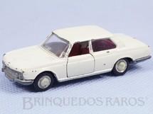1. Brinquedos antigos - Schuco - BMW 2800 branca