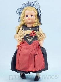 Brinquedos Antigos - Sem identificação - Boneca com 23,00 cm de altura Traje típico Italiano Cabeça e corpo de plástico rígido Olhos de dormir Década de 1960