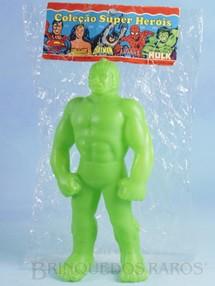 1. Brinquedos antigos - Rosita - Boneco do Incrível Hulk com 20,00 cm de altura Década de 1980