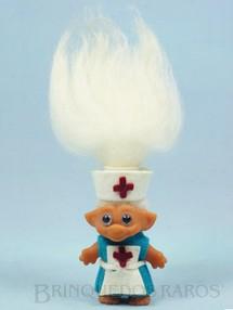 Brinquedos Antigos - Lien & Cia Ltda - Boneco da Sorte Ugly com 18,00 cm de altura Troll Magic Duende Roupa de Enfermeira de Feltro Patente 10563 Década de 1970