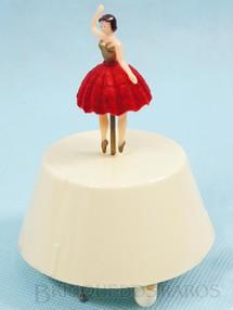 1. Brinquedos antigos - Gueissaz - Caixa de Música e Bailarina da Garrafa do Licor Bols Melodia Danubio Azul Década 1960