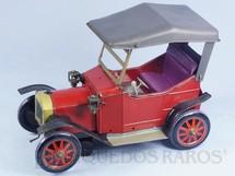 1. Brinquedos antigos - Yonezawa - Calhambeque com 22,00 cm de comprimento Sistema Bate e Volta Década de 1960