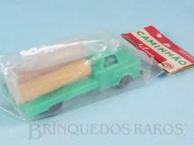 1. Brinquedos antigos - Metalma - Caminhão com toras 10,00 cm de comprimento Embalagem lacrada Década de 1970