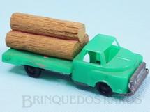 1. Brinquedos antigos - Metalma - Caminhão com toras 10,00 cm de comprimento Década de 1970
