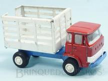Brinquedos Antigos - Playme - Caminhão Ebro D550 com 13,00 cm de comprimento Cabine de metal basculante Chassi de aço Década de 1970