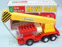 1. Brinquedos antigos - Kawada - Caminhão Guindaste Mini Car Dia Block Serie Brazilian Kawada Década de 1980