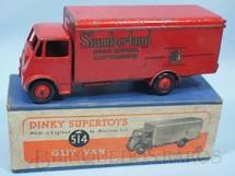 1. Brinquedos antigos - Dinky Toys - Caminhão Guy Slumberland Van ano 1949