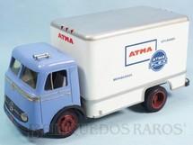 1. Brinquedos antigos - Atma - Caminhão Mercedes Benz 321 com carroceria Baú Atma Brinquedos 25,00 cm de comprimento Década de 1960