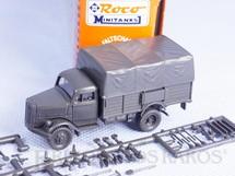 1. Brinquedos antigos - Roco - Caminhão Opel Blitz 1937 com acessórios ainda por colar Década de 1980