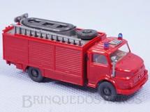1. Brinquedos antigos - Wiking - Caminhão Resgate Mercedes Benz 5,00 cm de comprimento Década de 1980