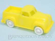 1. Brinquedos antigos - Sem identificação - Caminhonete com 7,5 cm de comprimento Década de 1960