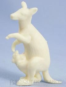 1. Brinquedos antigos - Casablanca e Gulliver - Canguru de plástico branco Série Zoológico década de 1970