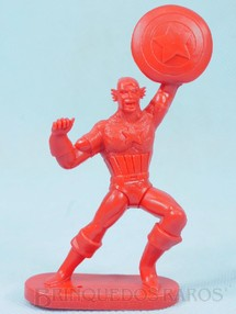 1. Brinquedos antigos - Casablanca e Gulliver - Capitão América de plástico vermelho Escudo fixo Década de 1980