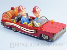 1. Brinquedos antigos - Bonzo - Carro de Bombeiro com dois bonecos 30,00 cm de comprimento Década de 1970