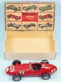 1. Brinquedos antigos - Atma - Carro de corrida Connaught com 17,00 cm de comprimento Caixa Original em bom estado Kit montado Década de 1960