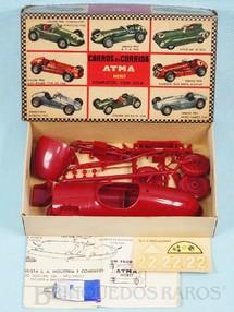 1. Brinquedos antigos - Atma - Carro de corrida Connaught com 17,00 cm de comprimento Década de 1960