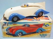 1. Brinquedos antigos - Siku - Carro de Corrida Siku 137 com 25,00 cm de comprimento Década de 1950