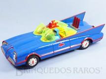 1. Brinquedos antigos - A.S.C. - Carro do Batman Batmobile Batmóvel com 30,00 cm de comprimento Azul Década de 1970