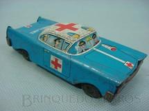 1. Brinquedos antigos - Sem identificação - Carro Sedan Ambulance com 12,00 cm de comprimento Década de 1960