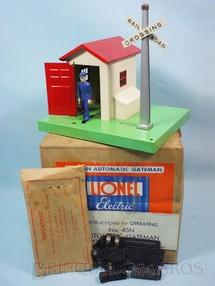 1. Brinquedos antigos - Lionel - Casa do guarda 45N Automatic Gateman completa com conector 153C manual de Instruções e Cabos Ano 1945