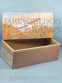 1. Brinquedos antigos - Casablanca e Gulliver - Casablanca Caixa Fort Apache primeira caixa de Forte Apache reforço de madeira nas bordas Patente ainda requerida Ano 1964
