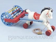 Brinquedos Antigos - Estrela - Cavalo com rodas e Rolo Sonoro com Guizo 34,00 cm de comprimento D�cada de 1970