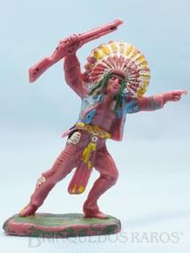 1. Brinquedos antigos - Casablanca e Gulliver - Chefe índio avançando com rifle Gulliver numerado 21