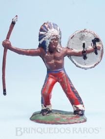 1. Brinquedos antigos - Casablanca e Gulliver - Chefe índio de pé com lança e escudo Casablanca Década de 1960