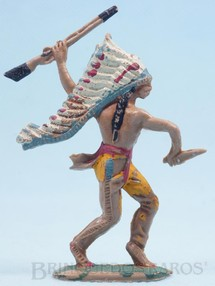 Brinquedos Antigos - Casablanca e Gulliver - Chefe índio de pé com rifle e faca Gulliver Década de 1970
