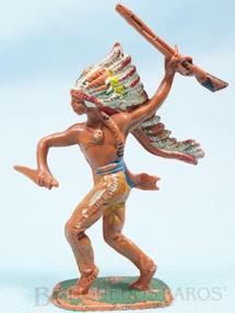 1. Brinquedos antigos - Casablanca e Gulliver - Chefe índio de pé com rifle e faca Gulliver numerado 30 Década de 1970