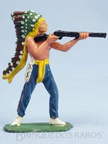 1. Brinquedos antigos - Casablanca e Gulliver - Chefe índio de pé atirando com rifle Chefe Urso Alto Casablanca numerado 102