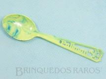 Brinquedos Antigos - Sem identificação - Colher com 13,00 cm de comprimento em Plástico Marmorizado Brinde Bolo Pullman Década de 1960