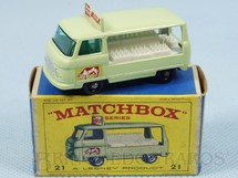 Brinquedos Antigos - Matchbox - Commer Milk Float black plastic Regular Wheels Cow decal
