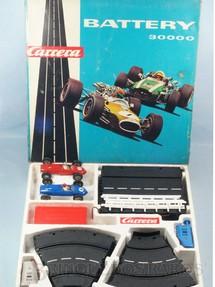 1. Brinquedos antigos - Carrera - Conjunto Battery 30000 Completo com dois carros Ferrari Formula 2 Shark Nose Década de 1960