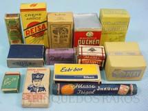 1. Brinquedos antigos - Estrela - Conjunto com 13 miniaturas de mantimentos para a Barraca de Feira Livre número 570 Ano 1956