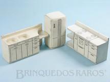 1. Brinquedos antigos - Sem identificação - Conjunto com 3 peças de móveis de Cozinha de Casa de Bonecas Década de 1950