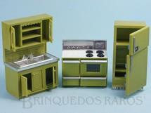 1. Brinquedos antigos - Marx - Conjunto com 3 peças de móveis de Cozinha de Casa de Bonecas Década de 1970