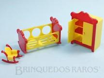 Brinquedos Antigos - Sem identificação - Conjunto com 3 peças de móveis de Quarto de Bebê de Casa de Bonecas Década de 1950