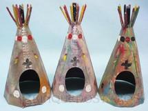 1. Brinquedos antigos - Casablanca e Gulliver - Conjunto com 3 Tendas índias de 10 Estacas Série Os Apaches Gulliver Ano 1973