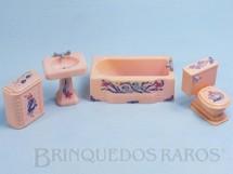 Brinquedos Antigos - Renwal - Conjunto com 4 peças de móveis de Banheiro de Casa de Bonecas Década de 1950